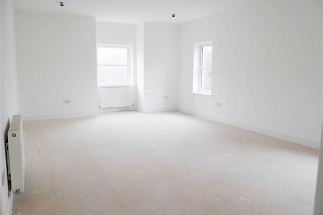 Thumbnail Town house for sale in High Street, Laurencekirk