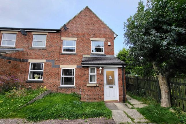 3 bed semi-detached house to rent in Garthwood Close, Bradford BD4
