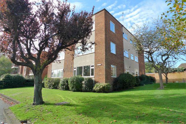 Thumbnail Flat to rent in Chislehurst Road, Sidcup