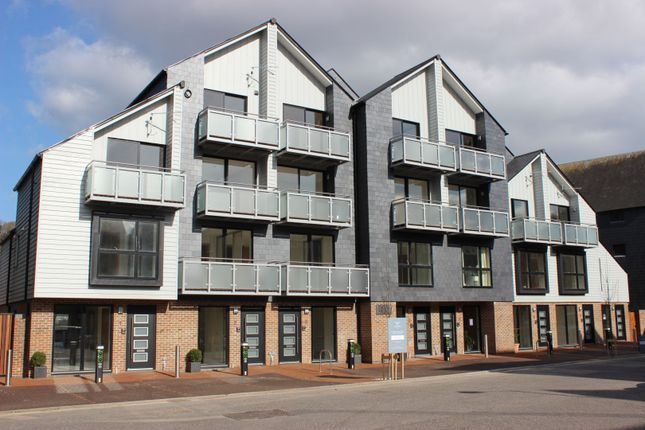 Thumbnail Town house for sale in Falcon Wharf Railway Lane, Lewes