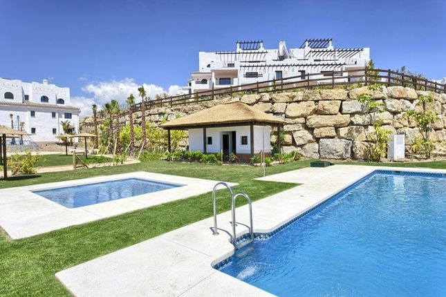 4 bed apartment for sale in Casares, Spain