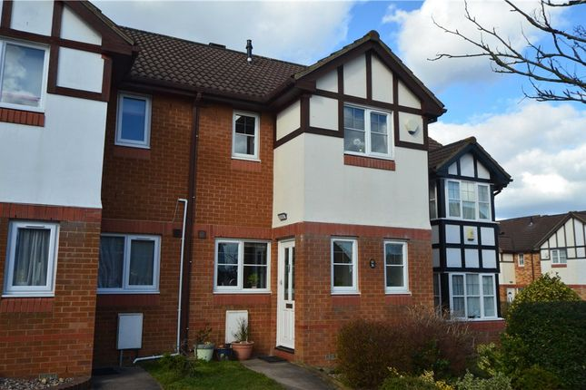 Thumbnail Property to rent in Elliott Avenue, Ruislip, Middlesex