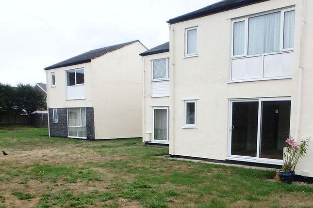 Thumbnail Flat to rent in Glan Gors, Harlech