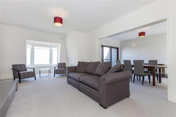 Thumbnail Flat to rent in Strathmore Court, Park Road, London