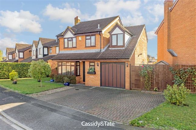 Thumbnail Detached house to rent in Warminster Close, Luton, Bedfordshire