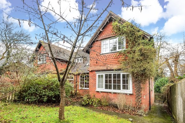 Thumbnail Semi-detached house to rent in Pathfields, Haslemere