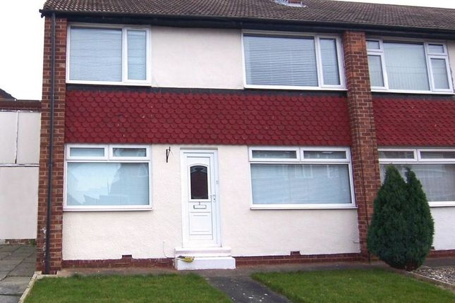 Thumbnail Flat to rent in Romanby Gardens, Brookfield, Middlesbrough