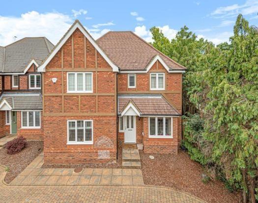 Thumbnail Detached house to rent in Primrose Gardens, Leighton Buzzard