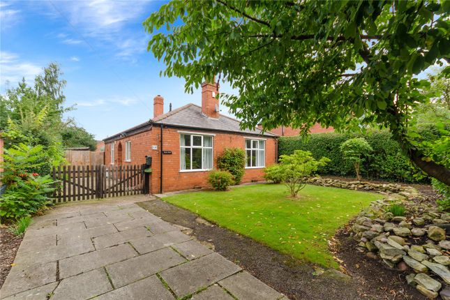 Thumbnail Detached bungalow for sale in Swinderby Road, Collingham, Newark
