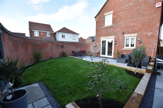 Garden of Welchman Close, Loughborough LE11