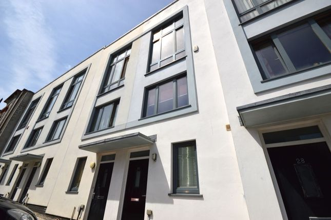 Thumbnail Terraced house to rent in Ker Street, Plymouth