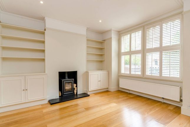 Thumbnail Property to rent in Heythorp Street, Southfields