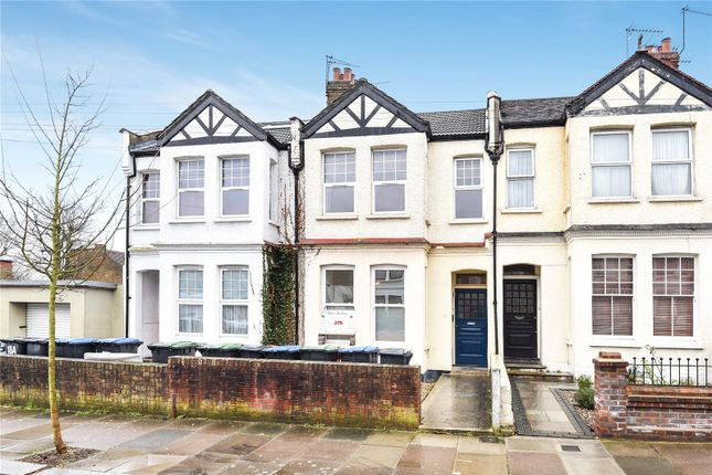 Thumbnail Flat for sale in Avondale Road, Palmers Green, London
