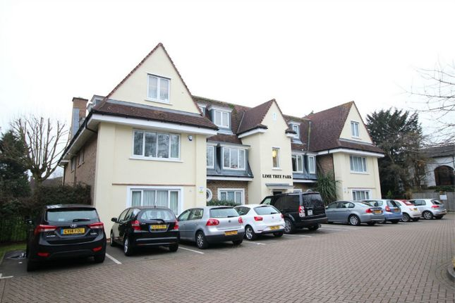 Thumbnail Flat for sale in Blagdens Lane, Southgate, London