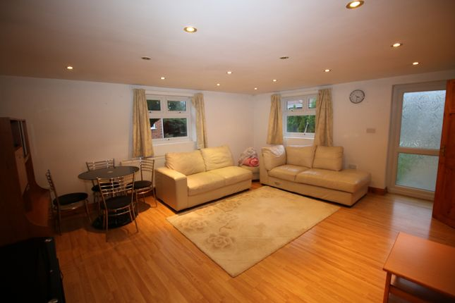 Thumbnail Flat to rent in Curtis Road, Whitton, Hounslow