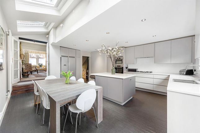 Thumbnail Property to rent in Swanage Road, Wandsworth, London