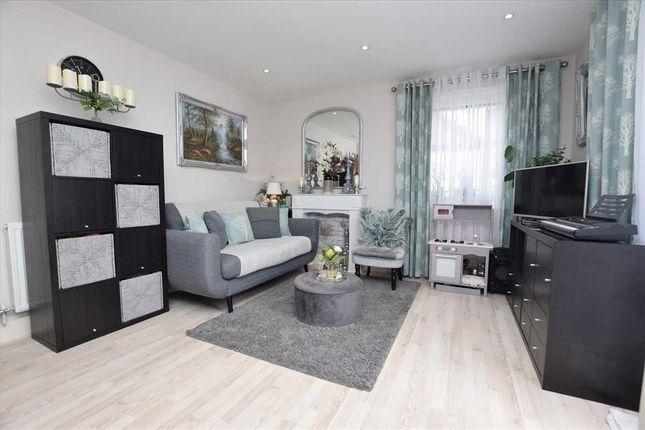 1 bed flat for sale in Brooklands Court, 415 Burnt Oak Broadway, Edgware HA8