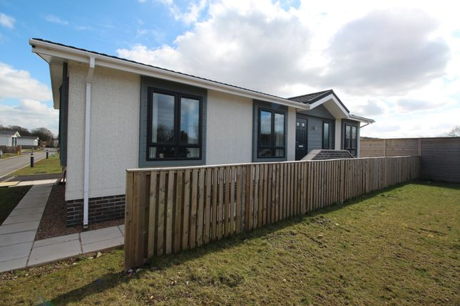 Thumbnail Mobile/park home to rent in Waterside Park, Station Street, Mexborough