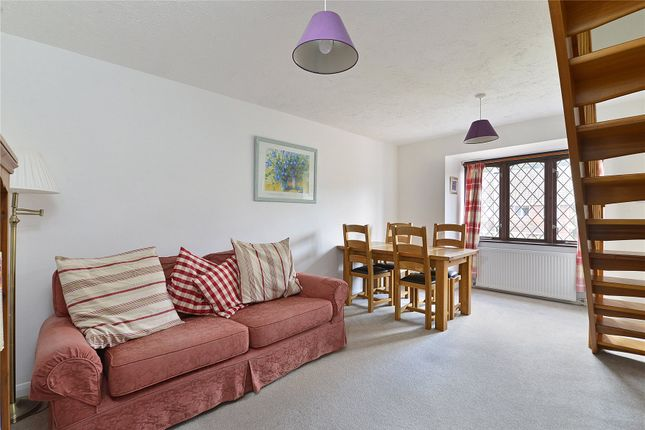 Picture No. 11 of 6 Yew Tree Road, Witley, Surrey GU8