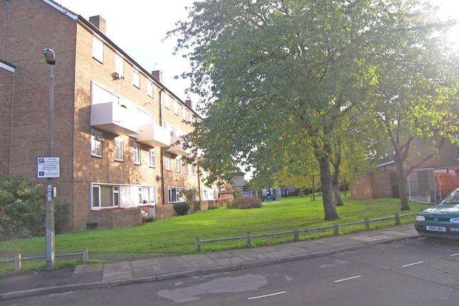 Thumbnail Flat to rent in Haggard Road, Twickenham