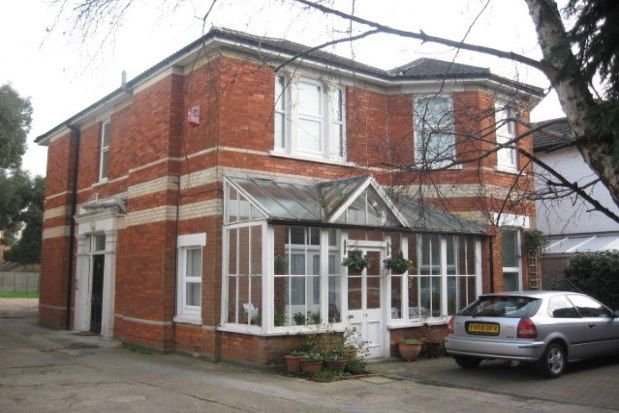 Thumbnail Flat to rent in 13 Alum Chine Road, Bournemouth