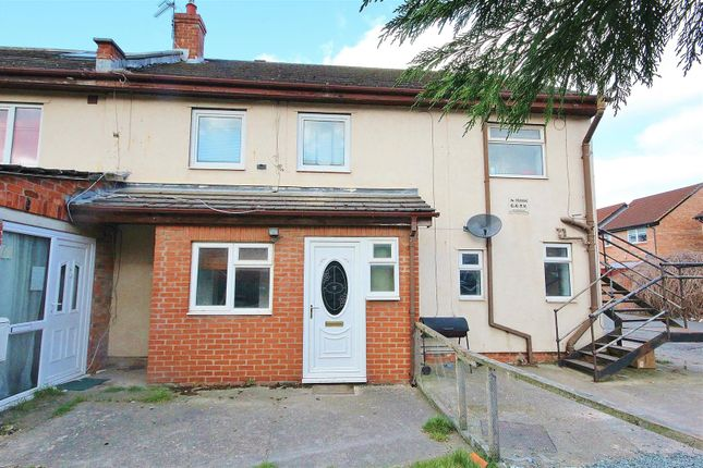Thumbnail Flat for sale in Holmes Lane, Selby