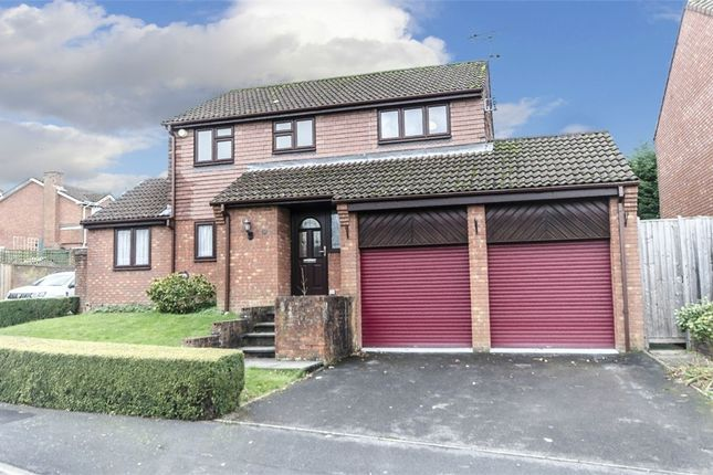 Thumbnail Detached house for sale in Arun Road, West End, Southampton, Hampshire