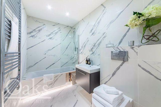 Bathroom of Harewood Road, South Croydon CR2