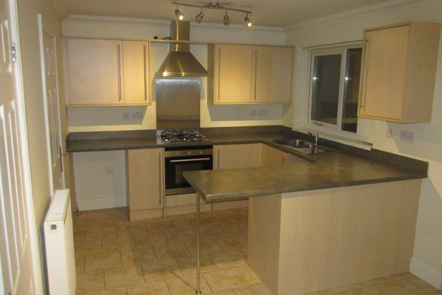 Thumbnail Semi-detached house to rent in Cwrt Y Dderwen, Llanelli