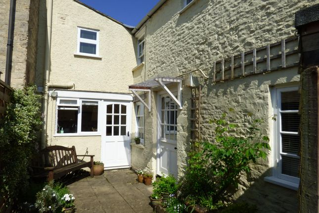 3 bed property for sale in Albion Street, Stratton, Cirencester, Gloucestershire