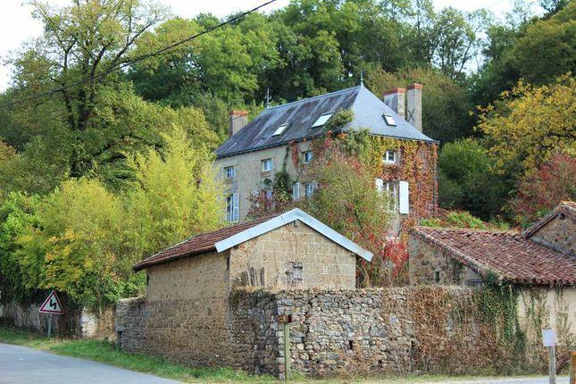 Thumbnail Detached house for sale in Poitou-Charentes, Vienne, Moussac
