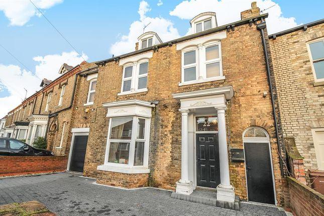 Thumbnail Terraced house for sale in Hallgate, Cottingham