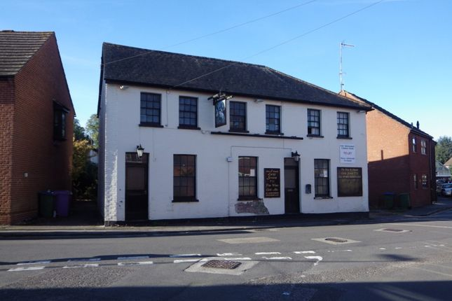 Thumbnail Restaurant/cafe for sale in Flaxfield Road, Basingstoke