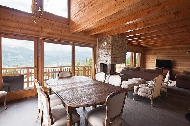 Property for sale in Chalet 20, Veysonnaz, Valais, Switzerland