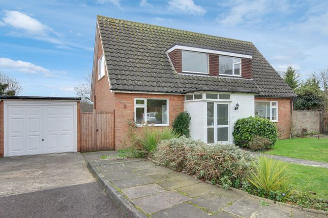 Thumbnail Detached house for sale in Orchardmede, Winchmore Hill