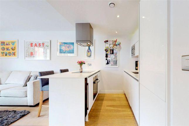 Picture No. 22 of Courtyard Apartments, 3 Avantgarde Place, London E1