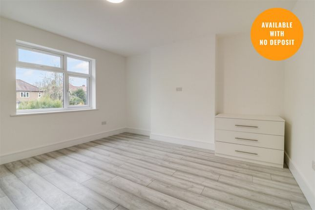 Room to rent in Room 4 - Northumberland Road, Harrow, Middlesex