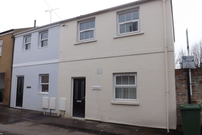 Thumbnail Terraced house to rent in Upper Bath Street, Cheltenham