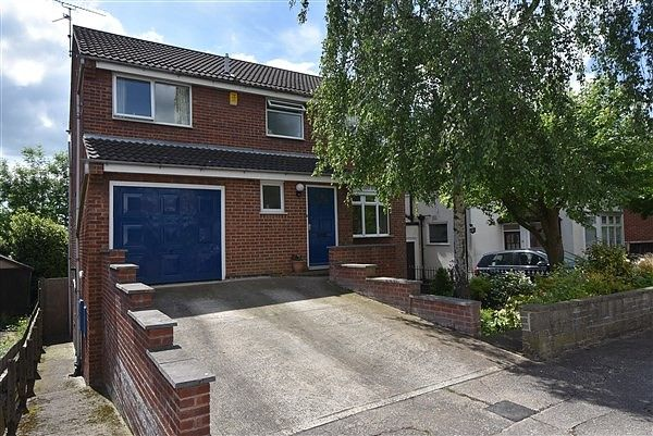 Thumbnail Property for sale in Hurts Croft, Chilwell