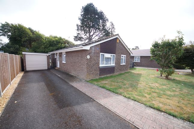 Thumbnail Detached bungalow for sale in The Spinney, Hook