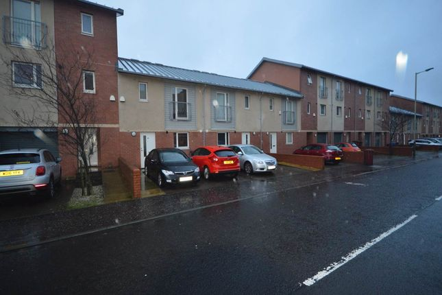 Thumbnail Town house to rent in Craigie Street, Dundee