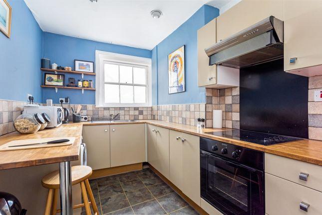 Thumbnail Flat to rent in Lansdown Terrace, Cheltenham