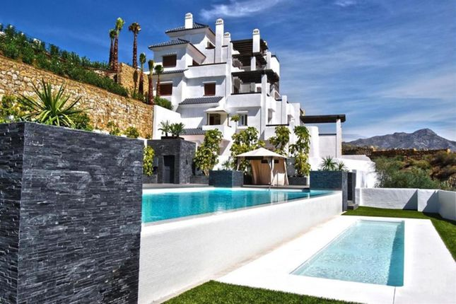 4 bed apartment for sale in La Heredia, Spain