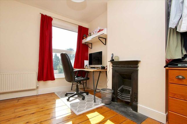 Bedroom Two of Faraday Road, Ipswich IP4