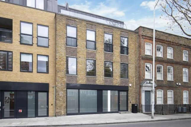 Thumbnail Property for sale in 150, Long Lane, London