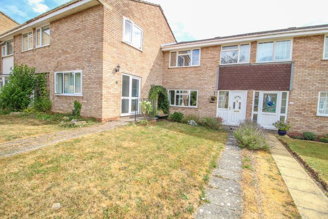 Thumbnail Terraced house for sale in Gifford Walk, Stratford-Upon-Avon
