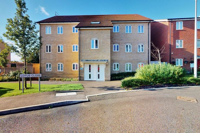 1 bed flat for sale in Lotus House, 1 Lotus Close, Redbridge, Chigwell IG7