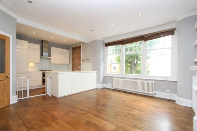 Thumbnail Flat to rent in Collingwood Avenue, London
