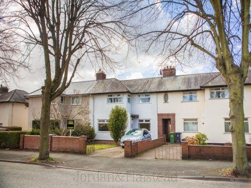 Thumbnail Terraced house to rent in Aston Grove, Wrexham