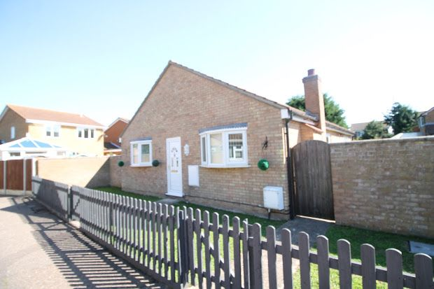 Thumbnail Property for sale in Thorpe Le Soken, Essex